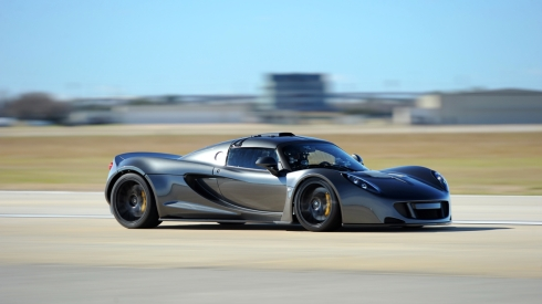Hennessey Venom GT - Doing what it was built to do.... Go Fast!!!