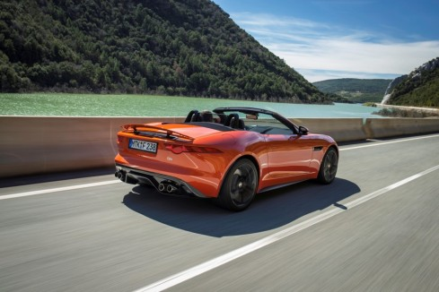 2014 Jaguar F-Type - Rear 3/4