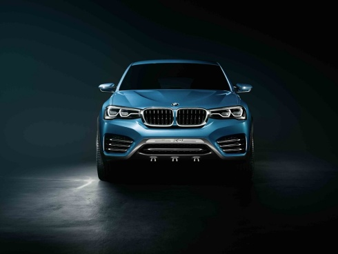 2015 BMW X4 Concept SUV - Head On