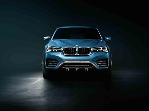 2015 BMW X4 Concept SUV - Head On