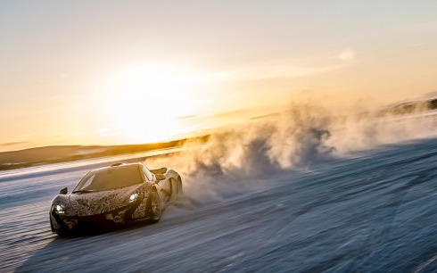 McLaren P1 - Getting Sideways on Ice