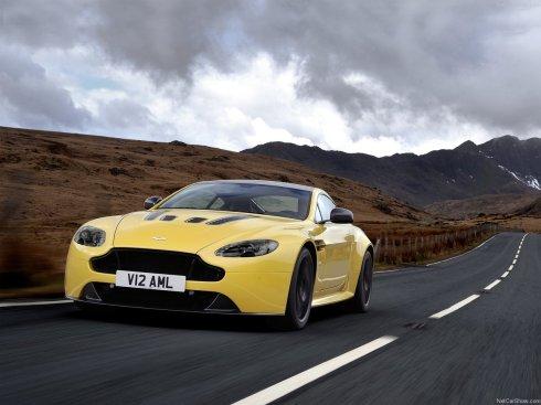 2014 Aston Martin V12 Vantage S - Front 3/4
