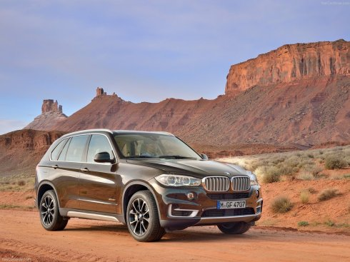 2014 BMW X5 - Front 3/4