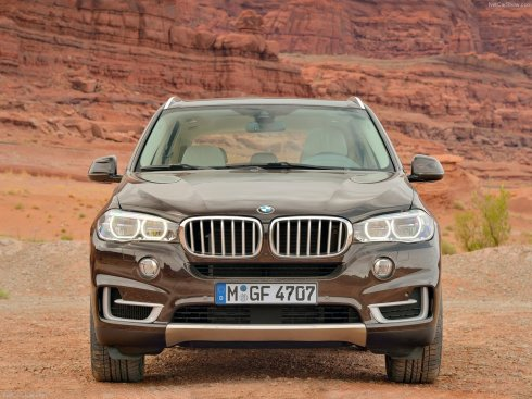 2014 BMW X5 - Front HeadOn