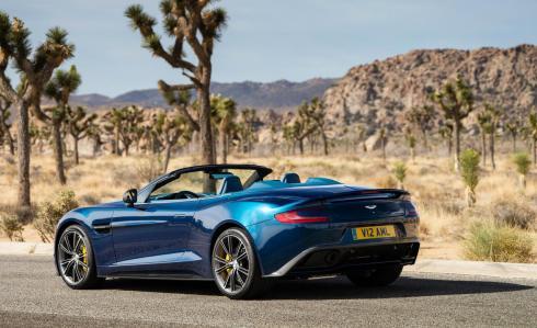 2014 Aston Martin Vanquish Volante - Rear 3/4