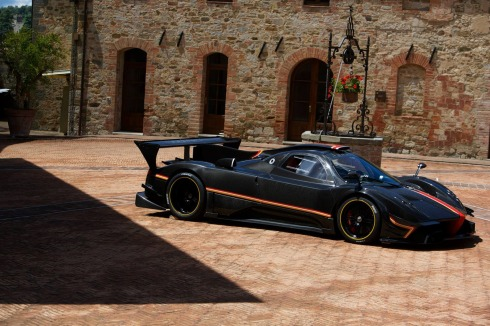 Pagani Zonda Revolucion - Front 3/4 from a far